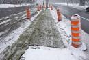 Montréal plante du gazon malgré la neige