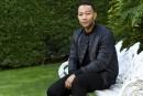 John Legend entrelace amour et ténèbres dans son nouvel album