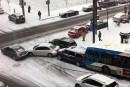 Carambolageà basse vitesse au centre-ville, deux autobus impliqués