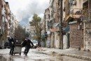 Alep s'embrase à nouveau, l'évacuation des civils suspendue