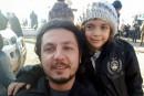 Bana, la fillette qui tweetait l'enfer d'Alep, évacuée de la ville