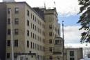 Hôpital de Matane: Barrette blâme le chirurgien qui s'est désisté