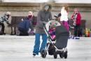 On peut profiter de la patinoire dès le plus jeune... | 15 janvier 2017