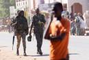 Gambie: le nouveau président Barrow repousse son retour
