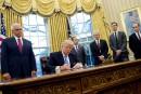 Aussitôt aux commandes, Trump s'attaque à l'avortement