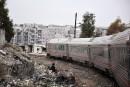 Après des années, des Syriens reprennent le train à Alep