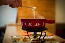 La fondue au fromage: rassembleuse et conviviale