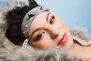 Une chanteuse temporairement bannie de Facebook à cause d'un manteau de phoque
