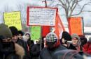 300 manifestants marchent contre le racisme