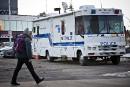 Montréal: un poste policier mobile pour résoudre deux tentatives de meurtre