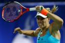 Kerber et Wozniacki atteignent les demi-finales à Dubaï