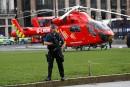 Un hélicoptère s'est posé d'urgence près du palais peu après... | 22 mars 2017