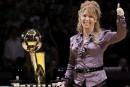 Jeanie Buss renforce son contrôle sur les Lakers