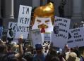 Trump veut savoir qui a payé les manifestations contre lui