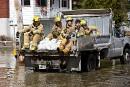 Des pompiers interviennent à Prévost pour évacuer des victimes des... | 17 avril 2017