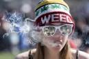 Pas d'accusations pour les ados possédant de la marijuana, souhaite Ottawa