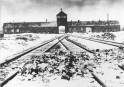 Des milliers de personnes commémorent l'Holocauste à Auschwitz