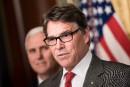 Washington doit rester dans l'accord de Paris, dit Rick Perry