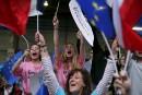 Des partisans d'Emmanuel Macron se sont rassemblés à Paris.... | 1 mai 2017