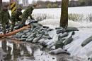 L'armée tente de contenir la rivière des Prairies