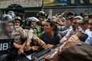 Venezuela: 155 civils emprisonnés par des tribunaux militaires, selon une ONG