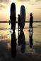 Le soleil se couche sur la plage de Kuta, en... | 14 mai 2017