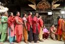 Népalaises et Népalais ont commencé à voter dimanche pour les... | 14 mai 2017