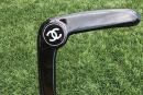 Boomerang de luxe: Chanel critiqué sur les réseaux sociaux