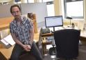 Marc Brouillette, l'ingénieur devenu infirmier à Info-Santé