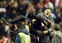 L'entraîneur de Manchester United, José Mourinho, célèbre la victoire de... | 24 mai 2017