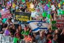 Des milliers d'Israéliens manifestent pour la solution à deux États