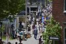 Les résidents et les visiteurs étaient nombreux à faire de... | 10 juin 2017