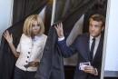 Législatives en France: le parti de Macron envoie d'une majorité