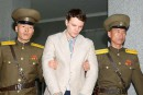 Rapatriement d'un Américain dans le coma libéré par la Corée du Nord