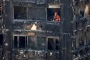 Incendie à Londres: Theresa May s'excuse pour la gestion du sinistre
