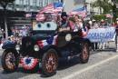 «Abraham Lincoln» dans une Ford antique à Santa Monica... | 4 juillet 2017