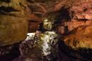 Explorer les cavernes de l'État de New York