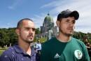 Des travailleurs étrangers menacés d'expulsion manifestent