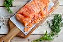Du saumon transgénique vendu au Canada inquiète des écologistes