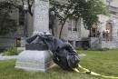 Le retrait de statues des confédérés s'accélère