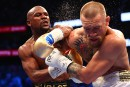 Mayweather l'emporte face à McGregor au 10<sup>e</sup>round<strong></strong>