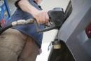Le prix de l'essence grimpe à 1,21 $ le litre