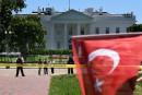 Deux partisans d'Erdogan nient des violences à Washington