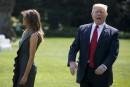 Le président Donald Trump crie aux journalistes alors qu'il marche... | 8 septembre 2017