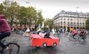 Ce jeune vélotomobiliste était escorté de nombreux cyclistes.... | 2 octobre 2017