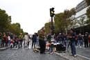 Des milliers de cyclistes et de piétons ont profité de... | 2 octobre 2017