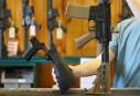 Armes à feu: la NRA en faveur de réglementations supplémentaires