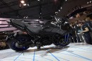 Une autre perspective de la Yamaha Niken, qui a fait... | 15 novembre 2017