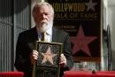 Nick Nolte a son étoile sur le Hollywood Walk of Fame