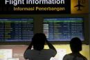 Des milliers de touristes quittent Bali après la réouverture de l'aéroport